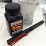 รีวิวหมึกอมตะ!! Noodler's Ink Black Bulletproof หมึกที่ Lamy Safari ของคุณคู่ควร