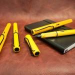 อย่าคิดว่ามีเหลืองเดียว! Lamy Safari Yellow Black Clip กระบี่เหลืองสุริยัน!