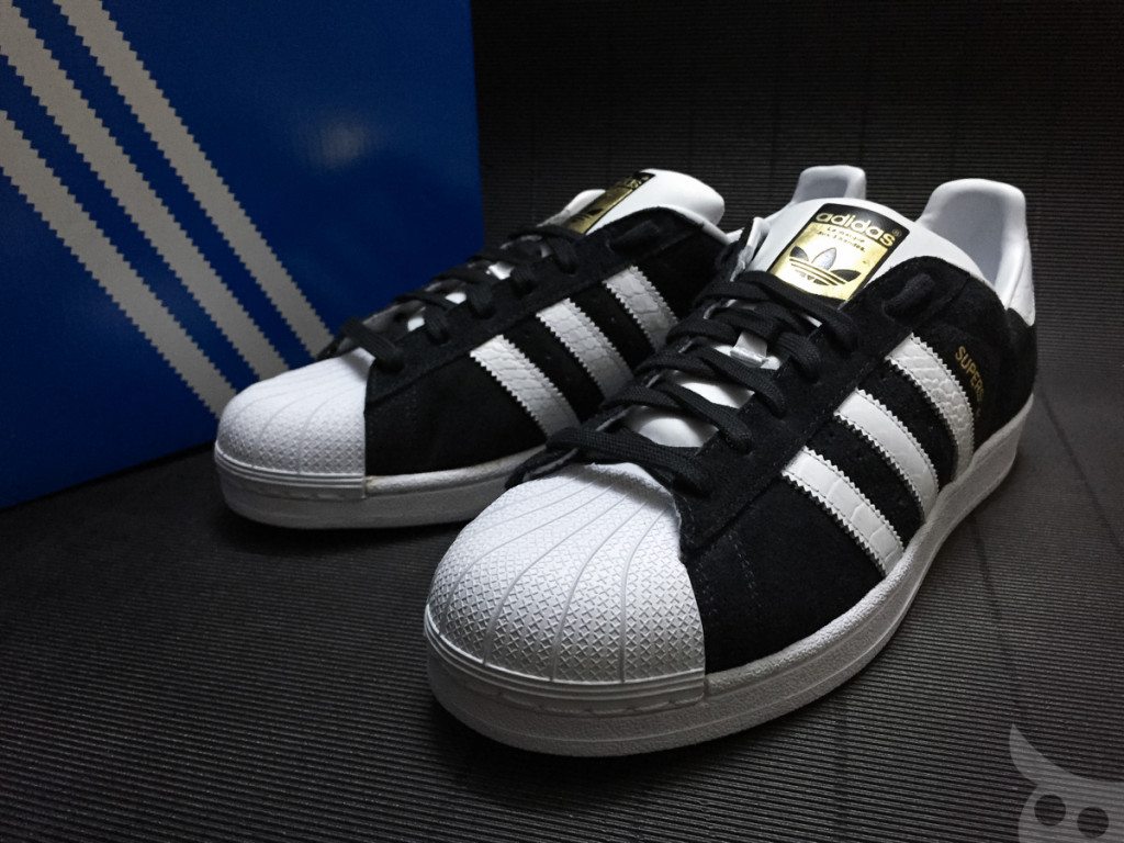 Adidas Superstar East Rever Rivalry-01