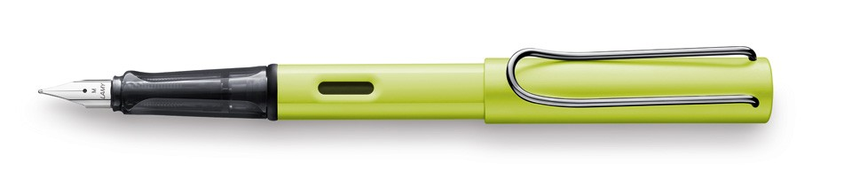 Lamy_052_Al-Star_charged-green_Fountain_pen_165mm