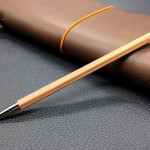 ดินสอไม้หอมแห่งความเรียบง่าย! Kita-Boshi Lead Holder Pencil