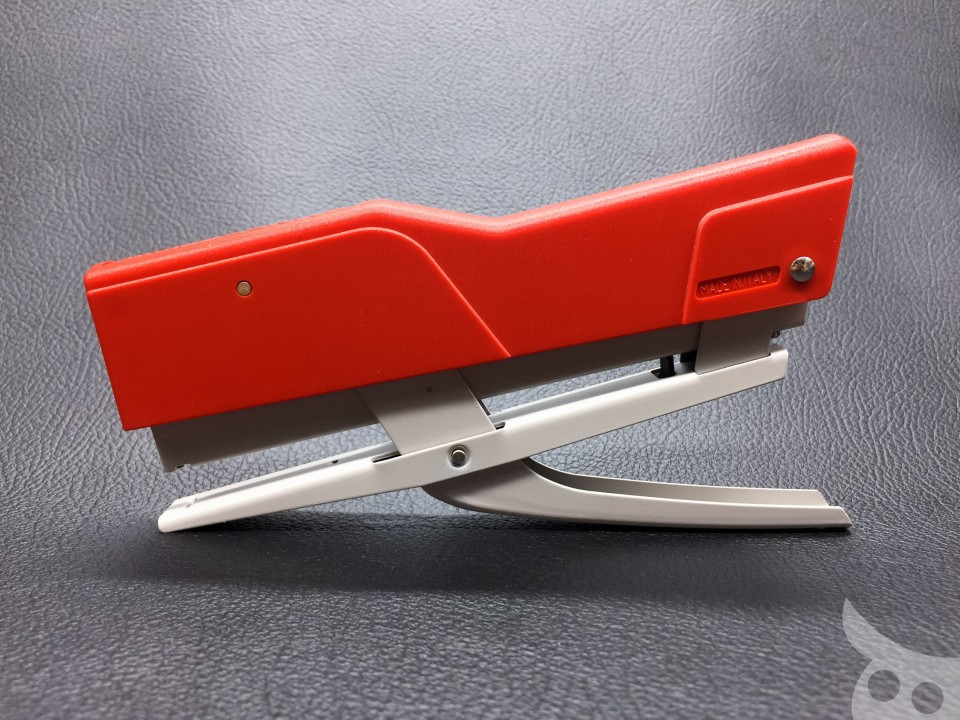 Zenith Plier Stapler 520-05