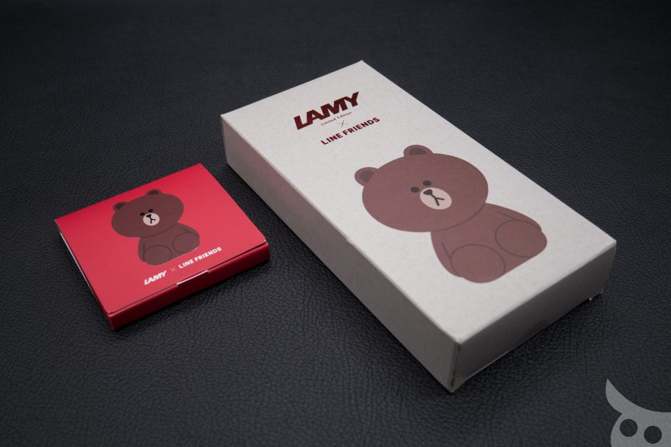 lamy-x-line-friends-brown-in-red-02