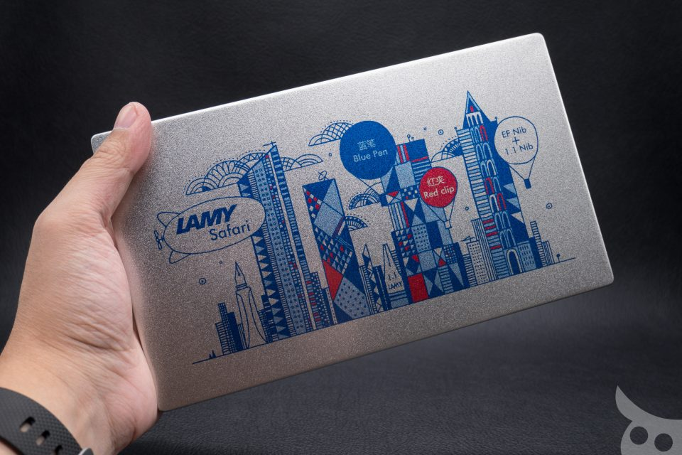 lamy-blue-red-2015-04