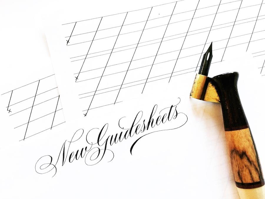 Guide Sheet สำหรับสาวกอักษรวิจิตรที่ใช้ปากกา Point Pen และปากกา Oblique Pen ใช้เป็นแบบฝึกหัดให้การหัดเขียนได้เป็นอย่างดี ที่มา : biancamascorro.com