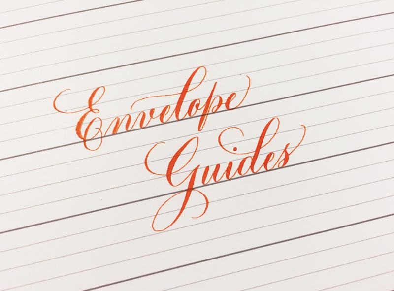 Envelope Guide Sheet สำหรับตัดให้พอดีซองสอดเข้าไปข้างใต้ ช่วยในการจ่าหน้าซองแบบอักษรวิจิตรได้เป็นอย่างดี ที่มา : biancamascorro.com